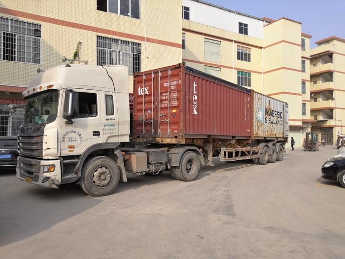 聯盟機械發貨車輛
